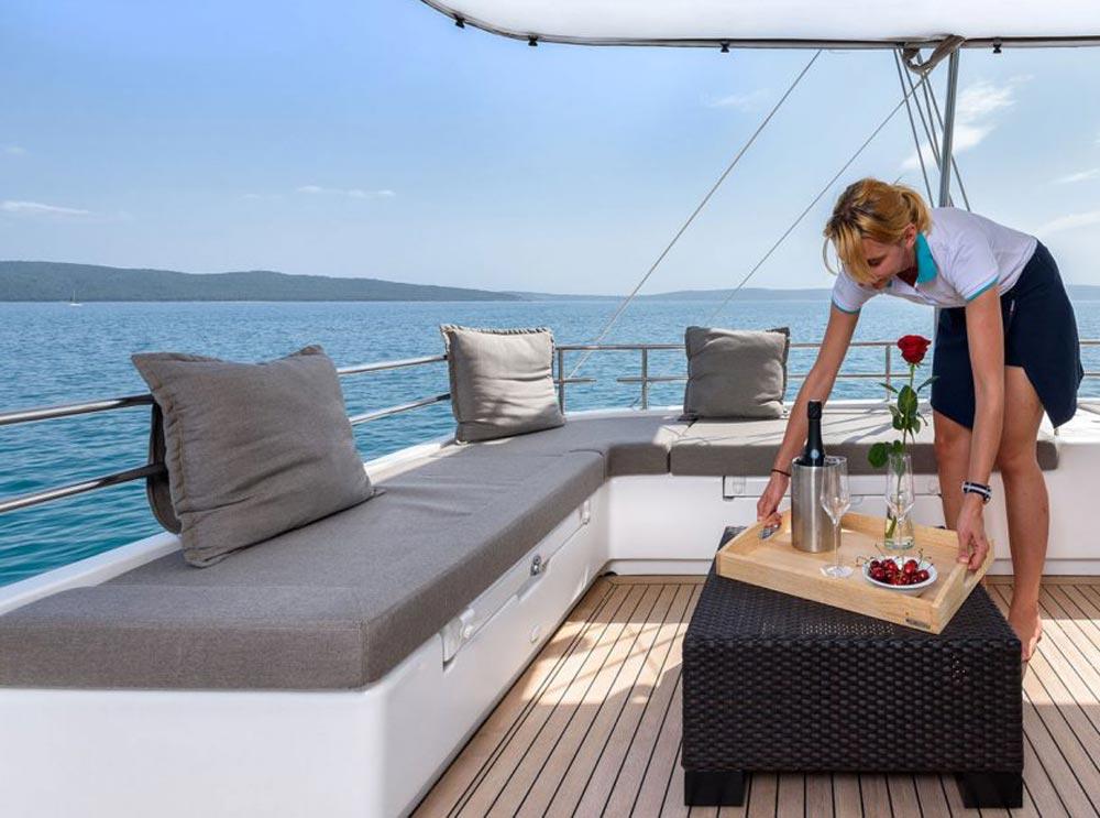 quanto costa una vacanza in barca a vela