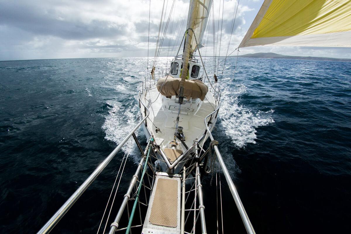Navigare con mal tempo