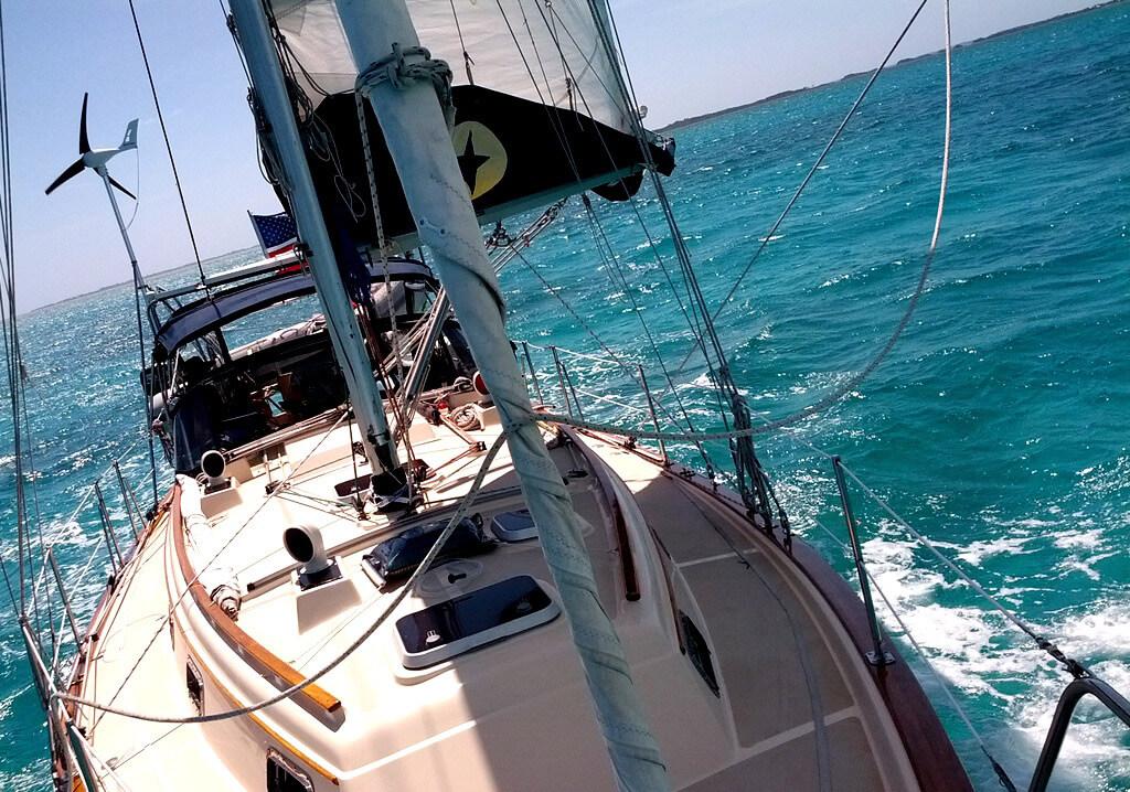 Navigazione con autopilota barca