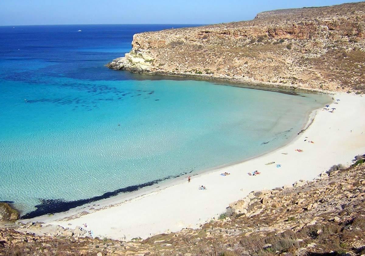 Spiaggia dei Conigli Lampedusa italia